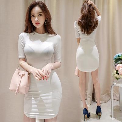 紧身包臀连衣裙女2018夏新款修身显瘦中长款性感打底弧形白色裙子