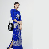 This shore song - original design shop - Bao blue silver embroidered long cheongsam silent trace, six folds