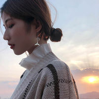 Earless ear clip Korean women retro niche French simple autumn and winter cold wind long section Sen fake earrings earrings