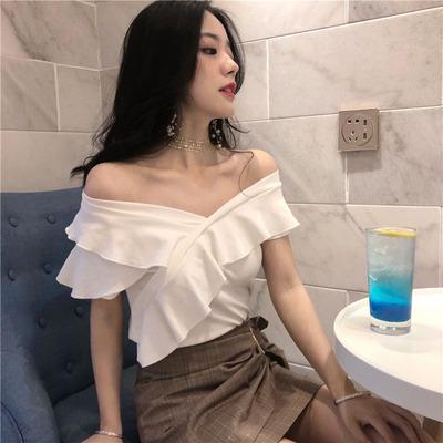 2018夏季新款修身小心机木耳边一字领上衣打底衫露肩短袖T恤女装
