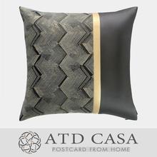 样板房港式轻奢现代/设计师靠包垫抱枕/黑金条纹皮革PU拼接方枕