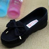 春季豆豆鞋女韩版休闲女鞋老北京布鞋平底软底防滑黑色工作女单鞋