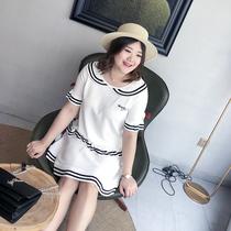 汐悠姿大码女装胖mm2018新款套装胖仙女时髦条纹边针织两件套7121