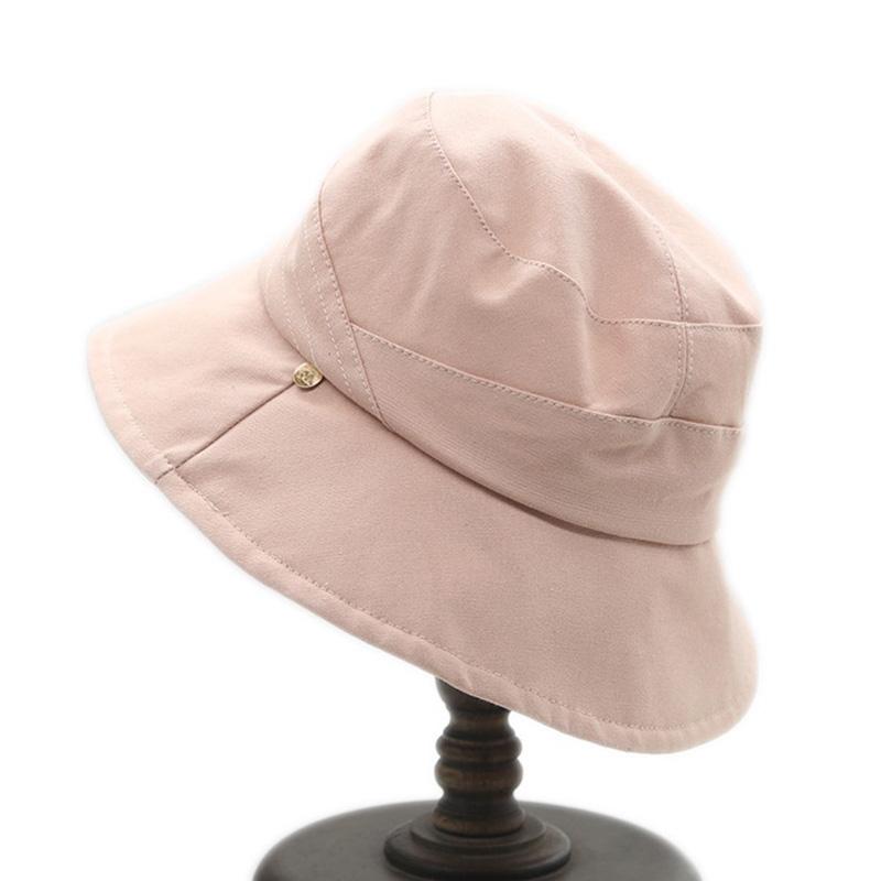 沙滩红色遮阳帽