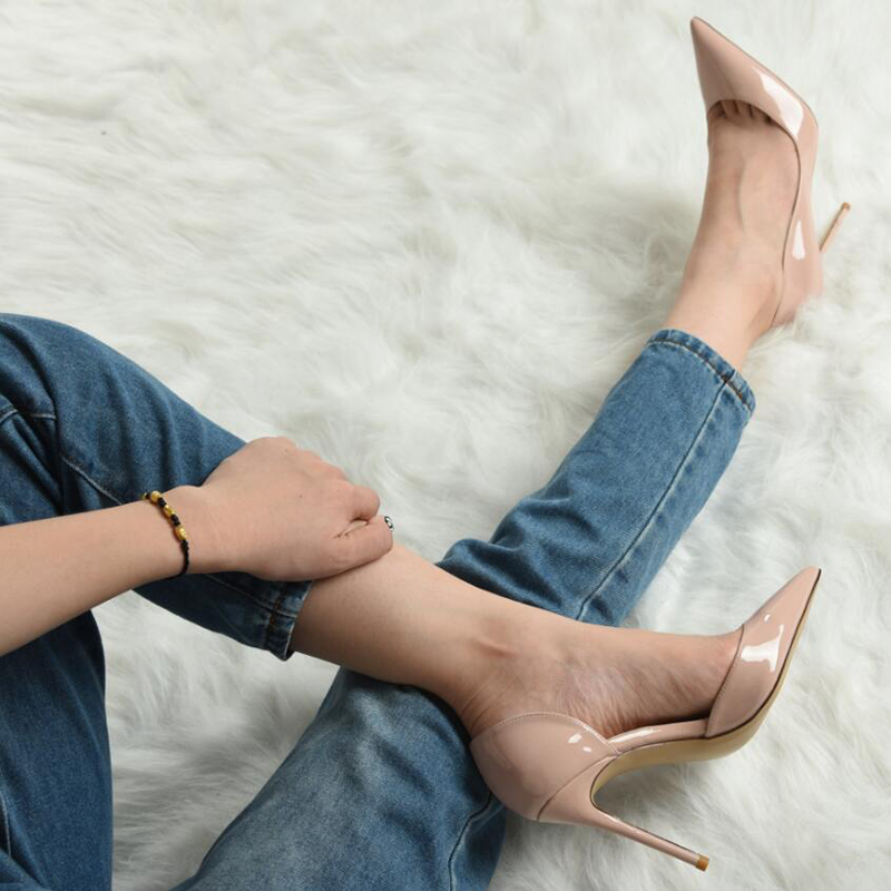 同款裸色单鞋