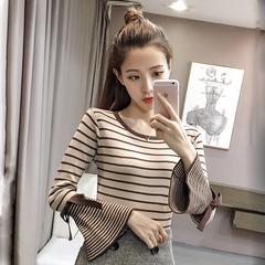 毛衣蝴蝶领针织衫