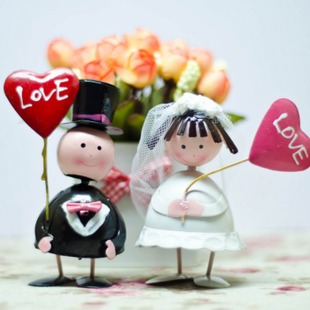 欧式彩绘铁皮娃娃新郎新娘 结婚礼物 饰品 家居装 摆设品 新婚摆件