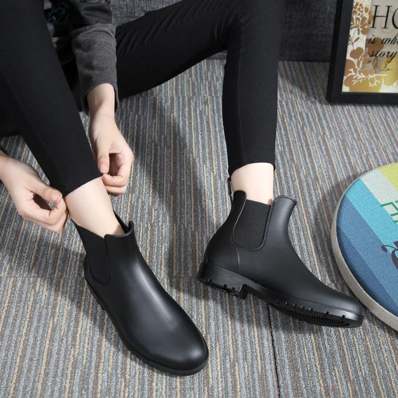 防水时尚水靴