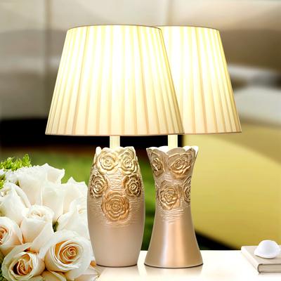 欧式台灯卧室床头灯奢华复古客厅美式台灯金色树脂书桌乡村正品折扣