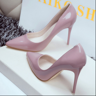 欧美10cm裸色尖头高跟鞋女秋细跟中跟浅口性感黑色漆皮工作鞋单鞋