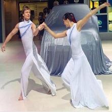 新款现代舞蹈演出服拉丁舞蹈服飘逸现代走秀服表演服车展服装定做