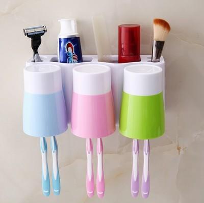 创意牙刷架挂架套装三口之家吸壁式牙缸刷牙壁挂洗漱牙具架漱口杯
