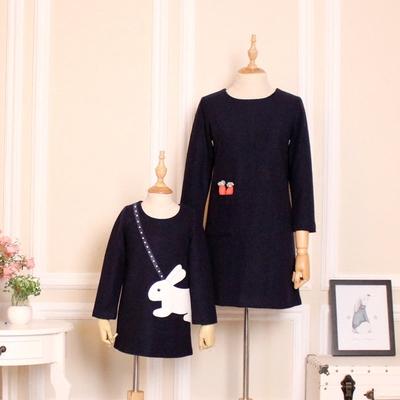 亲子装冬装新款羊毛尼呢修身显瘦减龄连衣裙可爱女童裙子母女时装
