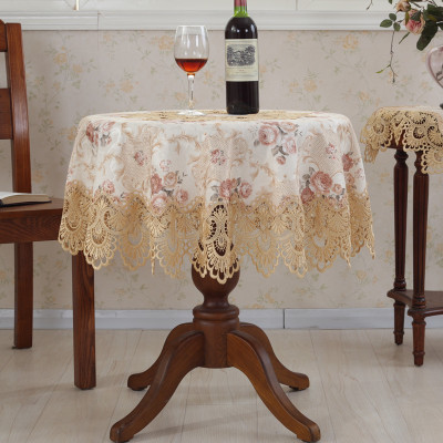 欧式提花餐桌