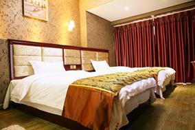 成都东站图奇公寓菁英豪华电脑双床房