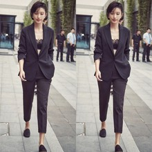 Spring and Autumn New Star Zhang Li, the same style of self-cultivation, a buttoned small suit, British professional suit suit, suit fashion