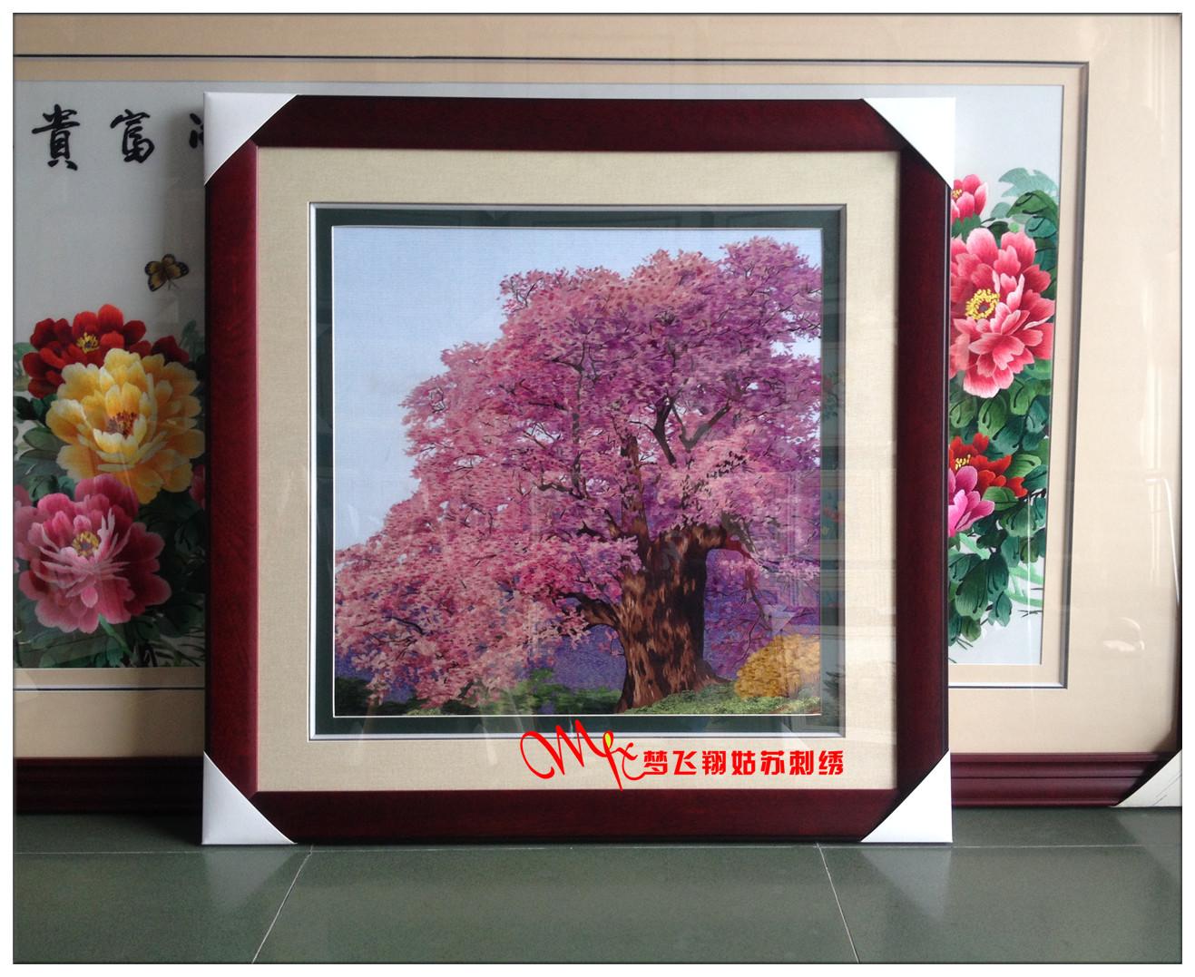 客厅刺绣樱花