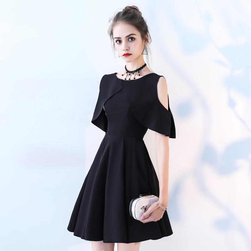 黑色禮服短裙