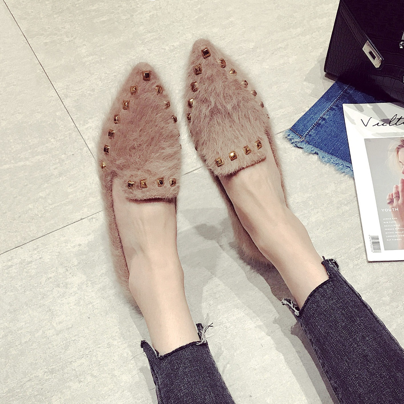 尖头平底鞋大码单鞋女鞋秋季2017新款百搭棉鞋女冬季保暖加绒铆钉