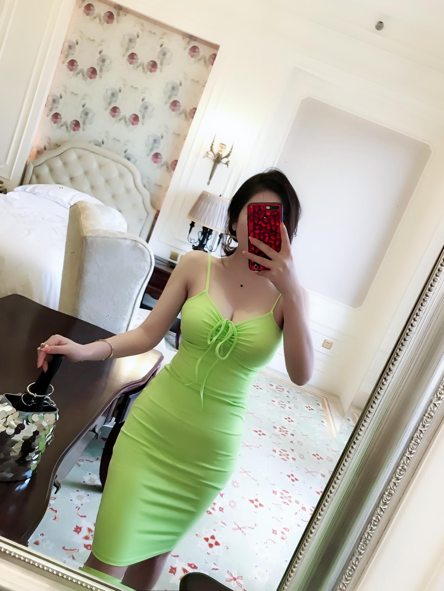 连衣裙果绿