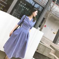 v领条纹开叉连衣裙