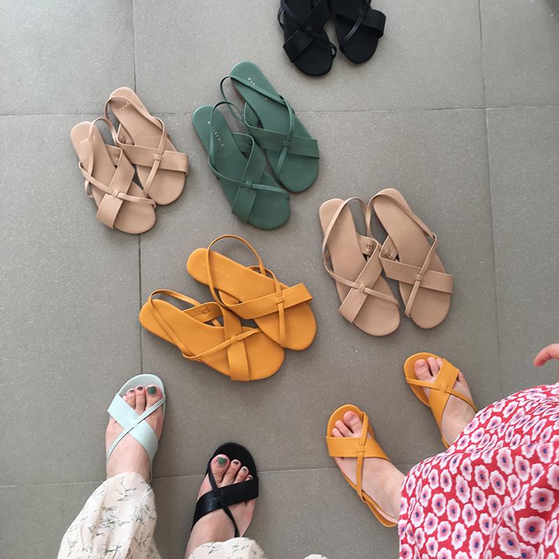 Одинаковая обувь для мамы и дочки Артикул 597942064447
