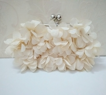 Hand-sewn sweet petal bag dinner bag lady bag three-dimensional flower bag oblique Bag bride bag