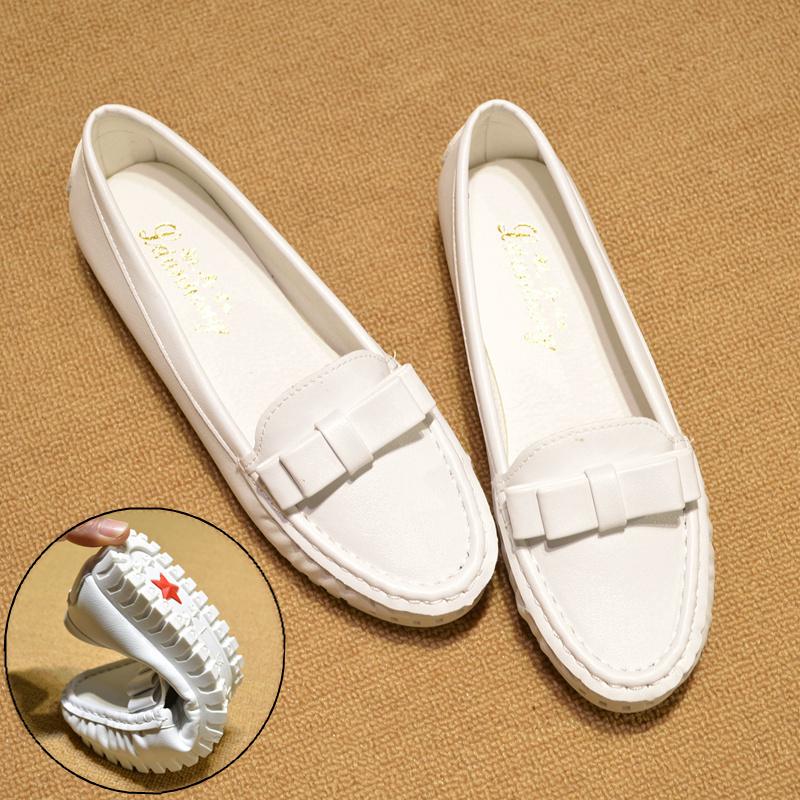 豆豆白色单鞋平底