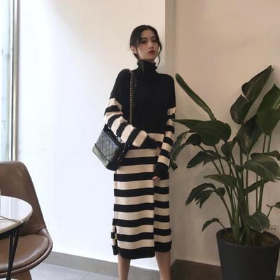 韩版女装秋装2018新款时髦百搭拼接高领条纹针织裙过膝长款连衣裙