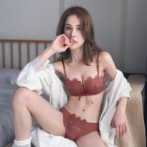 薄款内衣女士无钢圈聚拢调整文胸套装收副乳小胸罩半杯性感惑网红