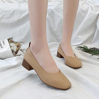 Square head thick with the middle of the retro grandmother shoes 2018 autumn new women's single shoes Korean version of the four seasons one foot peas shoes