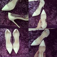 白色漆皮尖头女鞋