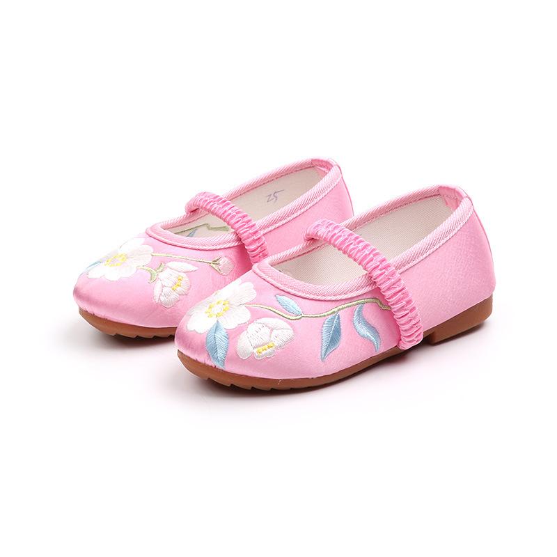儿童绣花鞋女2019新款老北京布鞋纯手工民族风女童鞋舞蹈演出鞋