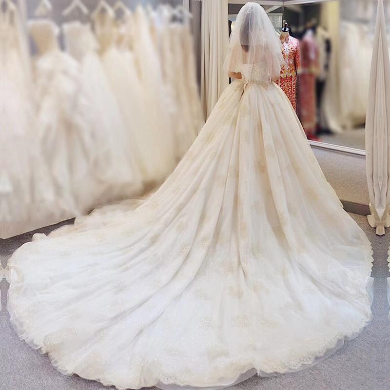 抖音同款主婚纱礼服2018新款冬季新娘法式森系拖尾贝壳女2019赫本