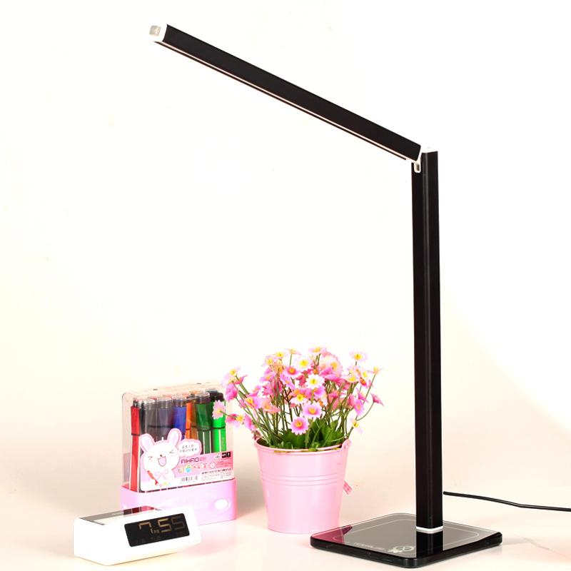 台灯护眼书桌大学生插电式LED充电宝宿舍卧室小学生学习现代简约