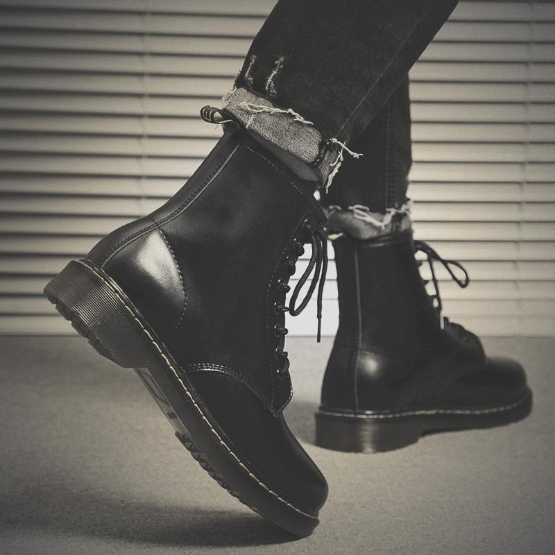 黑色短雪地靴