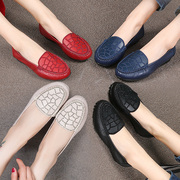 秋季真皮女鞋舒适中老年软底妈妈鞋休闲鞋皮鞋平底平跟单鞋豆豆鞋