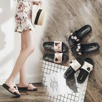 拖鞋女时尚一字拖平底粗跟外出沙滩鞋外穿厚底海边凉拖鞋夏季鞋子