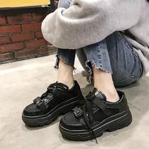 SS83112270秋季新款系带舒适圆头休闲账动鞋女2018星期六Sat&St