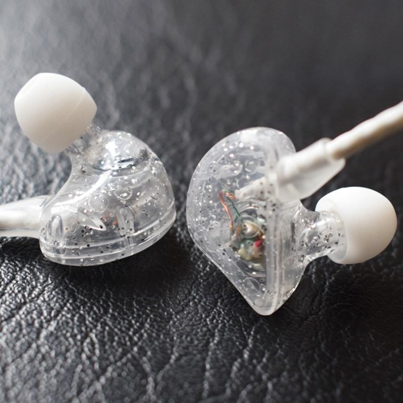 吴亦凡同款耳机