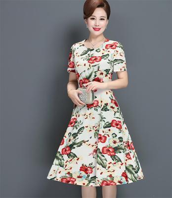 妈妈装连衣裙40岁50岁中老年女装牛奶丝冰丝弹力花裙子遮肚子减龄
