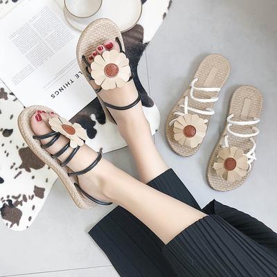 韩版凉鞋女夏平底2018新款百搭学生露趾花朵舒适两穿罗马沙滩鞋子