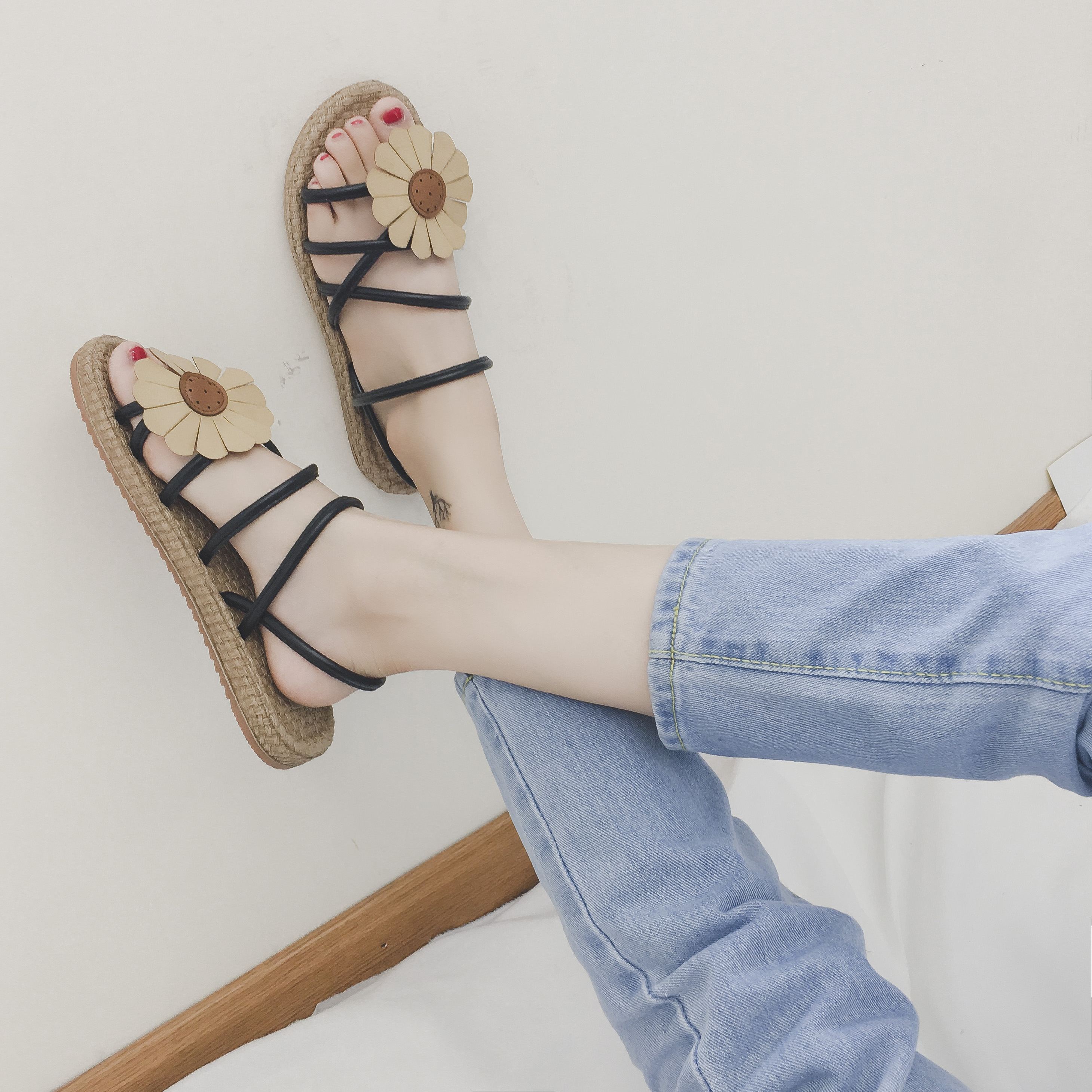 波西米亚拖鞋女夏时尚外穿平底一字拖花朵凉拖鞋两穿防滑沙滩女鞋