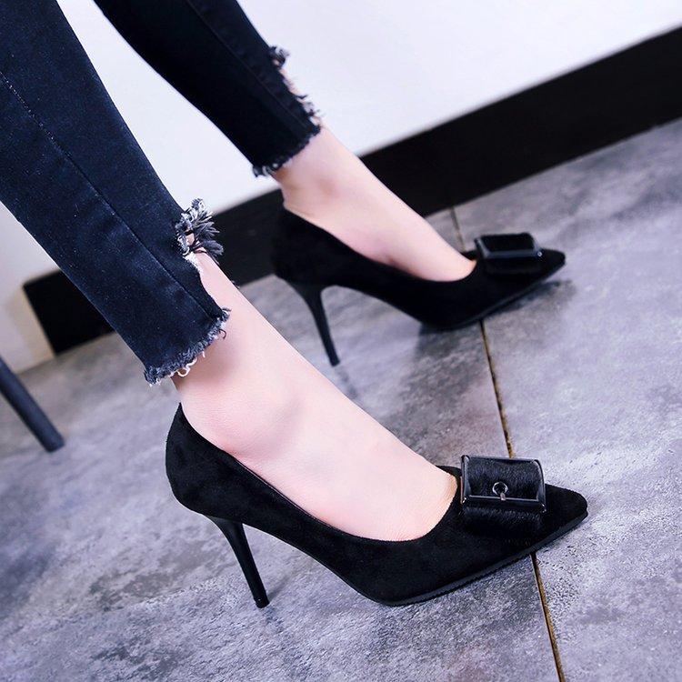 马毛蝴蝶结单鞋