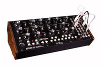 MOOG / Moog MOTHER-32 Mono Module Synthesizer Sequencer