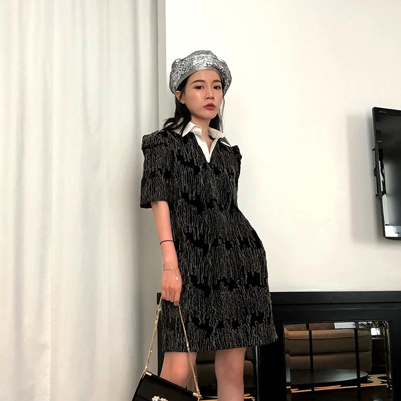 复古连衣裙丝绒
