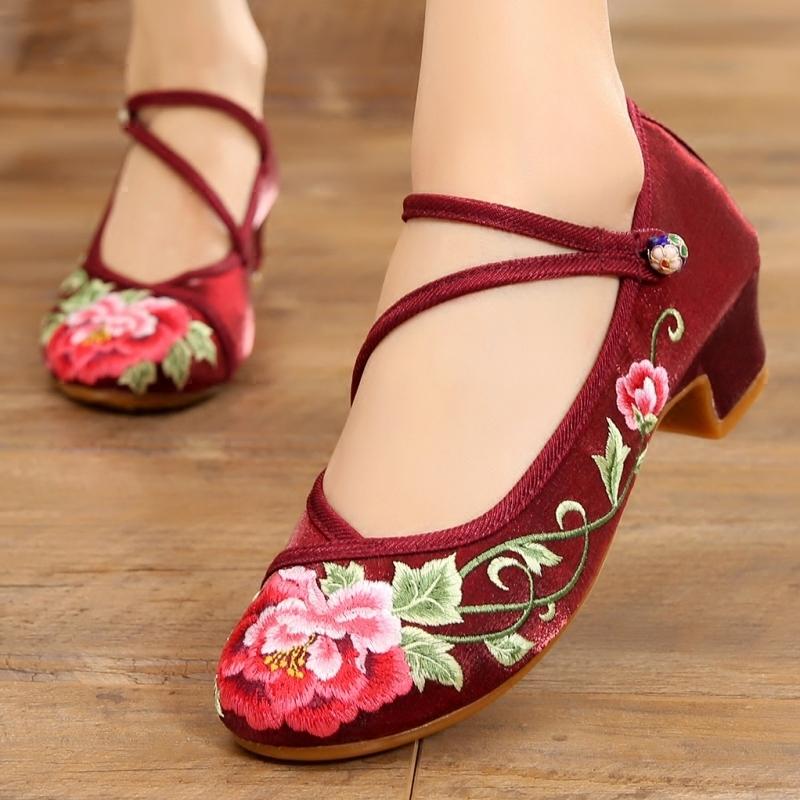 绸缎面单鞋