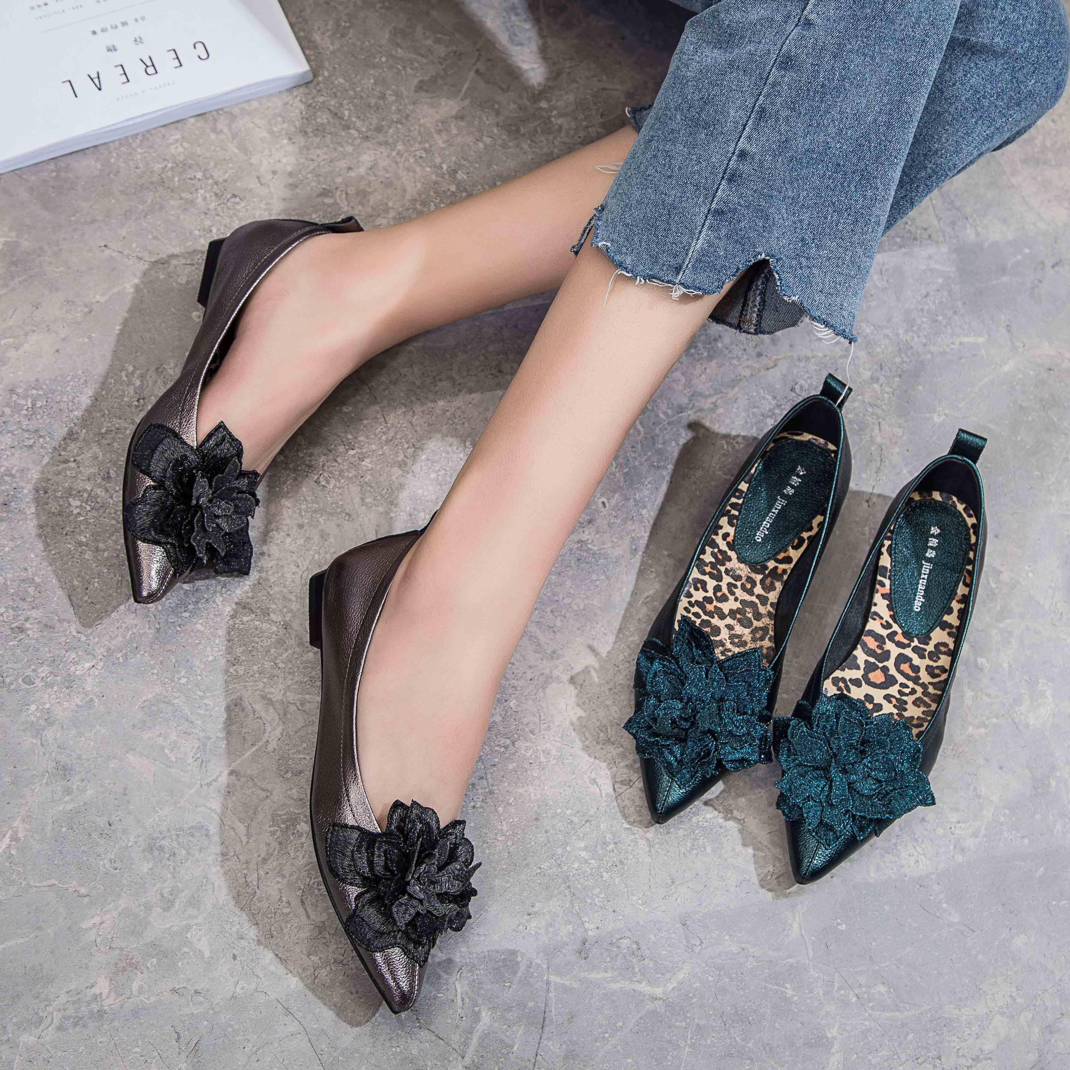 单鞋女2019春款平底尖头平底鞋浅口低跟中年妈妈鞋真皮软底女鞋子