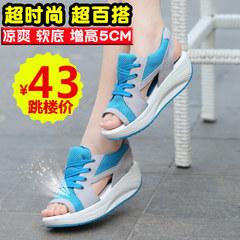 女鞋软底松糕凉鞋