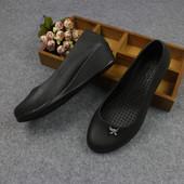 秋鞋新款坡跟工作鞋防滑厨师鞋夏季厚底厨房防油防女鞋塑料仿皮鞋